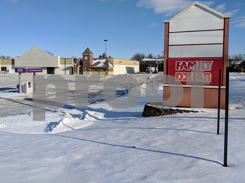 The old Browns' County Market space, seen Jan. 5, has been empty since 2013. The Sycamore Plan Commission will hear a proposal Monday that includes a storage business and a coffee shop. The only tenant of the space is a Family Dollar, which moved in in 2012 and has lease options that could go as long as 2050. Along with the market, the space also once held a post office and a bank.