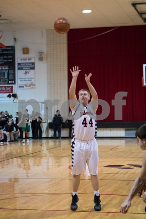 Sam Buckner for Shaw Media.<br /> Tanner Lutz shoots free throws on Friday January 6, 2017.