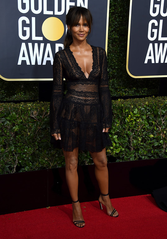 . Halle Berry arrives at the 75th annual Golden Globe Awards at the Beverly Hilton Hotel on Sunday, Jan. 7, 2018, in Beverly Hills, Calif. (Photo by Jordan Strauss/Invision/AP)