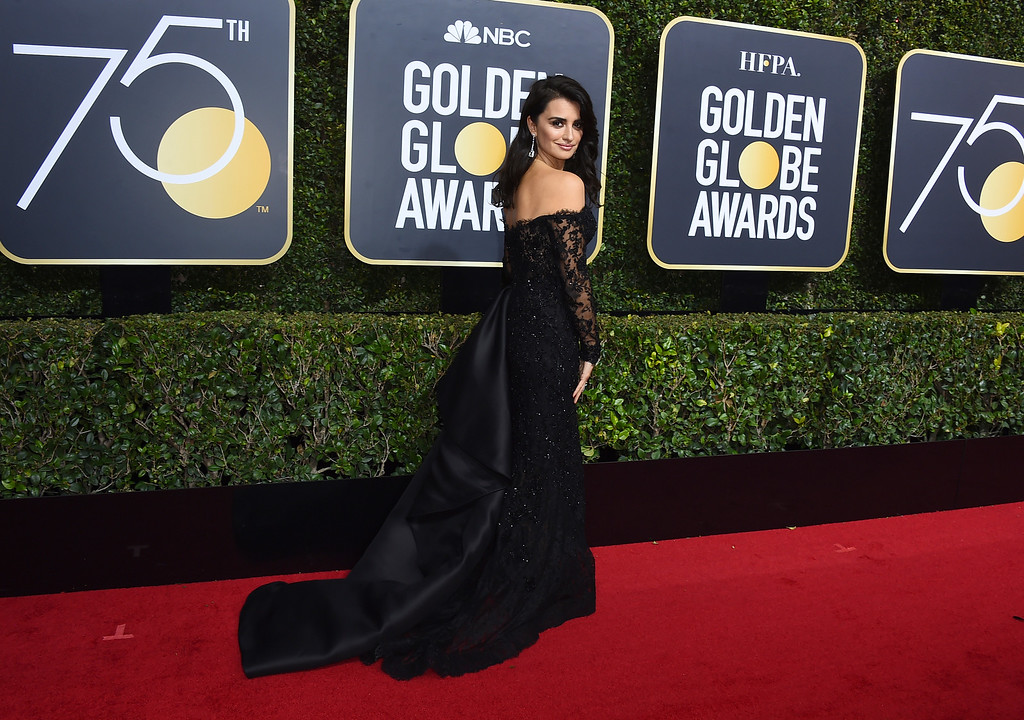 . Penelope Cruz arrives at the 75th annual Golden Globe Awards at the Beverly Hilton Hotel on Sunday, Jan. 7, 2018, in Beverly Hills, Calif. (Photo by Jordan Strauss/Invision/AP)