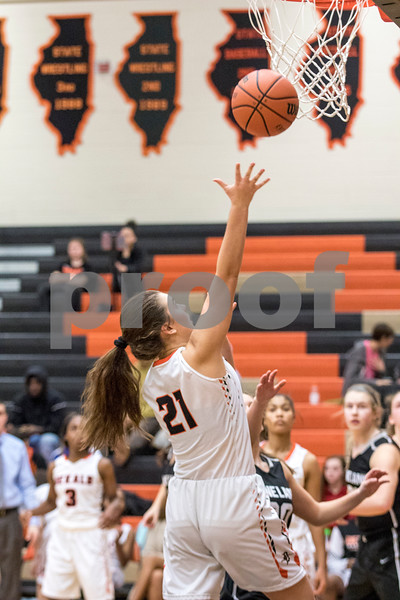 Sam Buckner for Shaw Media.<br /> Haley Westberg shoots a lay up on Tuesday January 9, 2018.