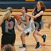 dc.sports.0110.ic hia girls basketball 03