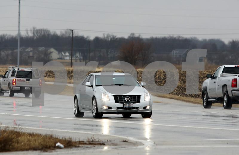 dnews_0111_Wet_Roads_