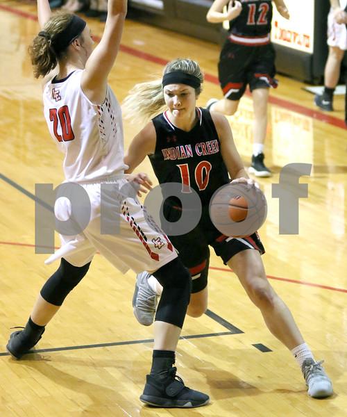 dc.sports.0115.ic basketball vs Earlville Leland03