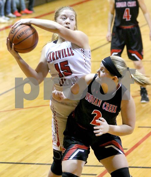 dc.sports.0115.ic basketball vs Earlville Leland01