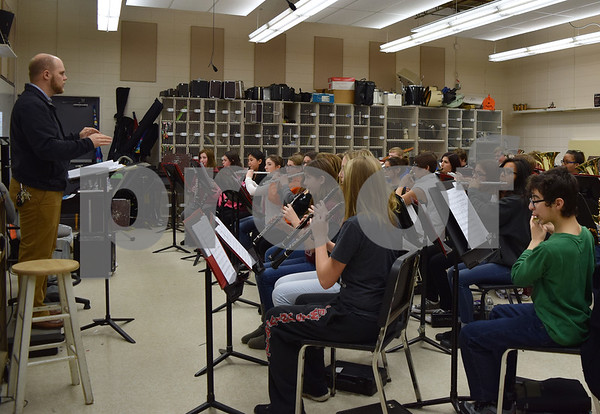 Forty-three Sandwich High School band and chorus members, five chaperones and the band's director, Justin Heinekamp, will travel to Washington, D.C., this week to attend the presidential inauguration ceremony and participate in the 2017 Inauguration Heritage Festival.