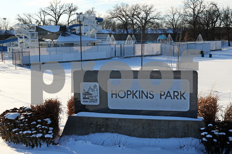 dnews_0117_Hopkins_Park_