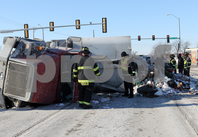 dnews_0118_Garbage_Truck_Crash_