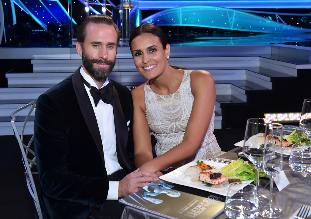 . Joseph Fiennes, left, and Maria Dolores Dieguez attend the 24th annual Screen Actors Guild Awards at the Shrine Auditorium & Expo Hall on Sunday, Jan. 21, 2018, in Los Angeles. (Photo by Vince Bucci/Invision/AP)