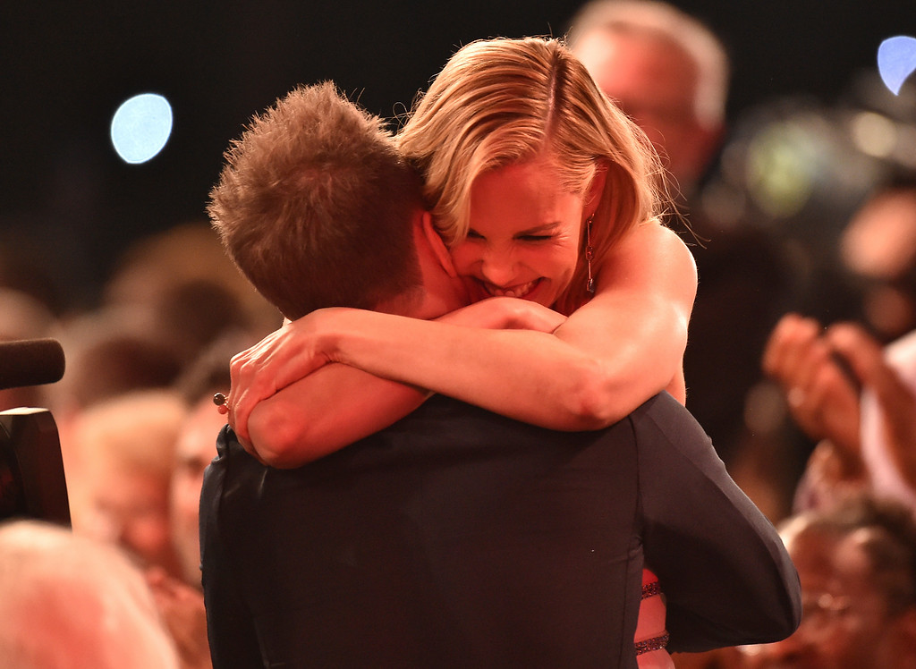 ". Leslie Bibb, right, congratulates Sam Rockwell in the audience after winning the award for outstanding performance by a male actor in a supporting role for ""Three Billboards Outside Ebbing, Missouri\"" at the 24th annual Screen Actors Guild Awards at the Shrine Auditorium & Expo Hall on Sunday, Jan. 21, 2018, in Los Angeles. (Photo by Vince Bucci/Invision/AP)"
