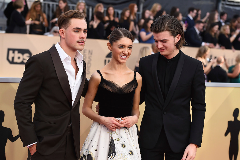 . Dacre Montgomery, from left, Natalia Dyer, and Joe Keery arrive at the 24th annual Screen Actors Guild Awards at the Shrine Auditorium & Expo Hall on Sunday, Jan. 21, 2018, in Los Angeles. (Photo by Jordan Strauss/Invision/AP)