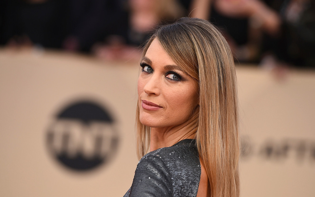 . Natalie Zea arrives at the 24th annual Screen Actors Guild Awards at the Shrine Auditorium & Expo Hall on Sunday, Jan. 21, 2018, in Los Angeles. (Photo by Jordan Strauss/Invision/AP)