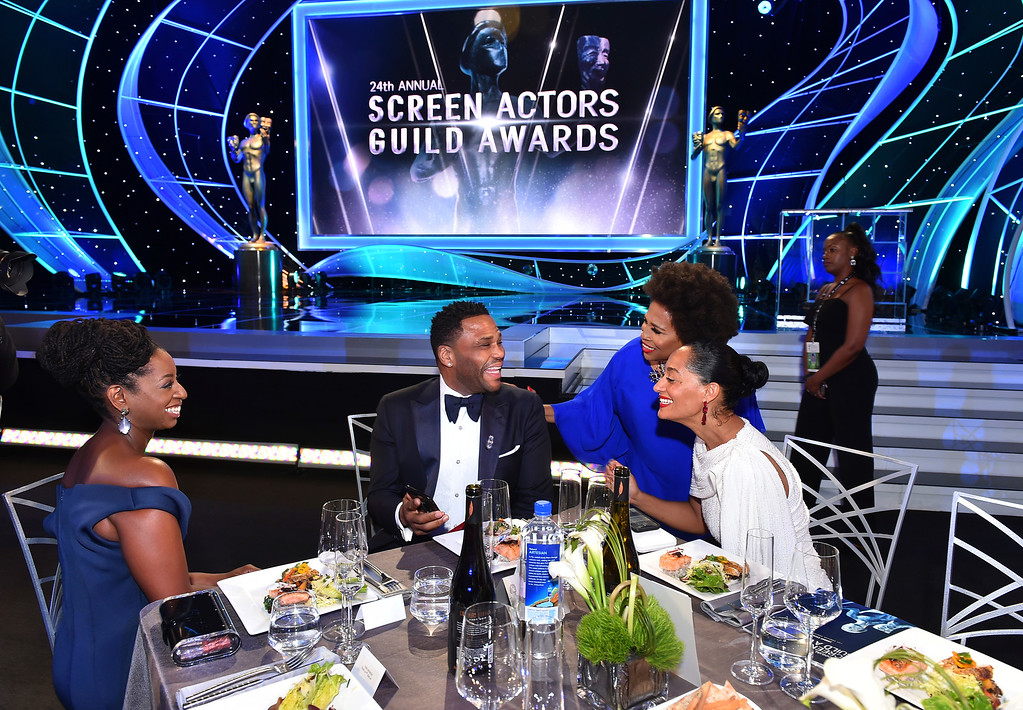 . Tracee Ellis Ross, from right, Jenifer Lewis, Anthony Anderson, and Alvina Stewart attend the 24th annual Screen Actors Guild Awards at the Shrine Auditorium & Expo Hall on Sunday, Jan. 21, 2018, in Los Angeles. (Photo by Vince Bucci/Invision/AP)