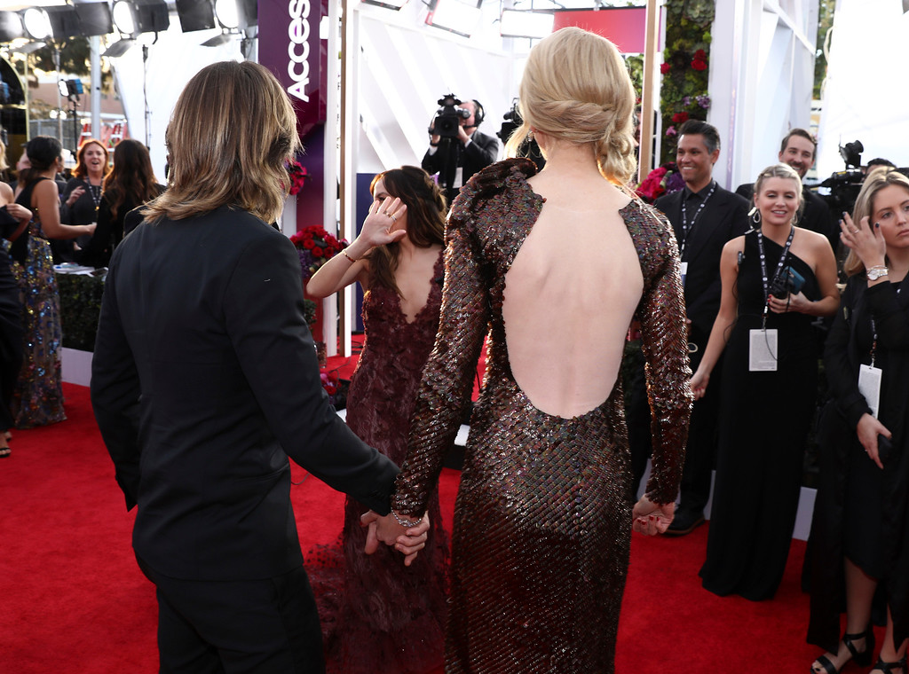 . Nicole Kidman, right, and Keith Urban arrive at the 24th annual Screen Actors Guild Awards at the Shrine Auditorium & Expo Hall on Sunday, Jan. 21, 2018, in Los Angeles. (Photo by Matt Sayles/Invision/AP)