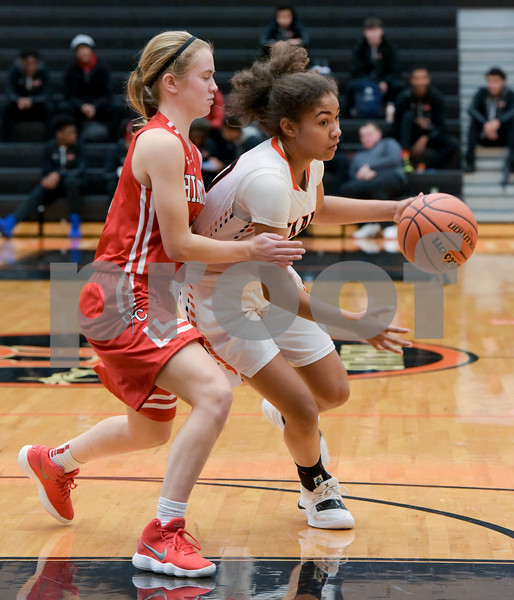 dc.sports.0122.dekalb basketball-3