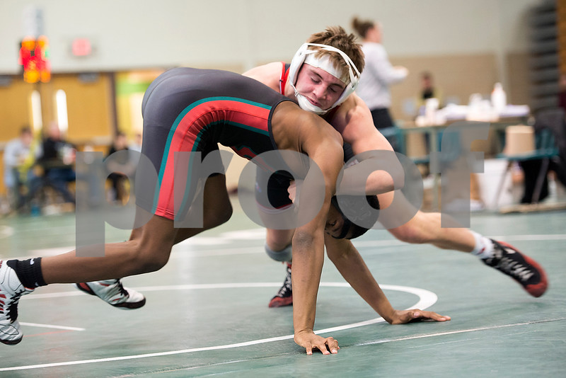 Yorkville's Roberts (right) and LP's Marshall face off at 145lbs.