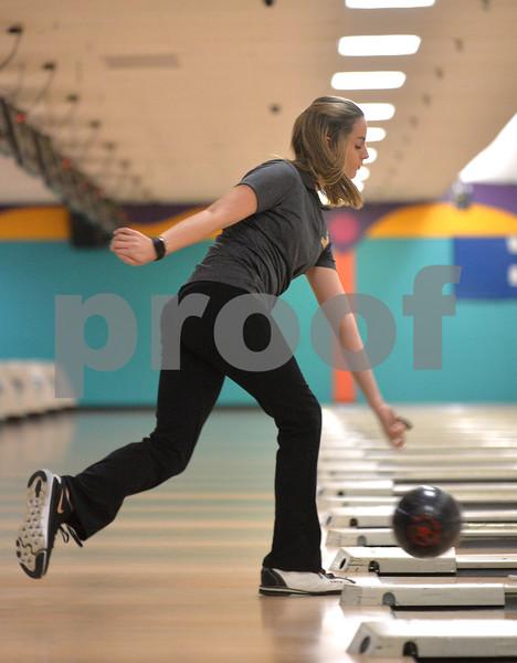 dspt_wed_124_dek_syc_bowling3