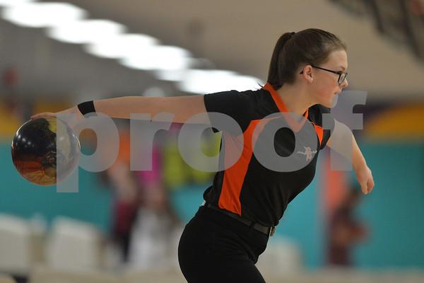 dspt_wed_124_dek_syc_bowling1