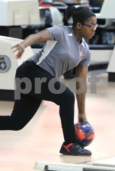 dc.sports.0123.dek syc bowling03