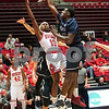 dc.sports.0201.niu hoops