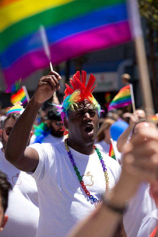 . Thousands of Apple employees march and wave rainbow flags at the 44th annual San Francisco Pride Parade, Sunday, June 29, 2014 on Market Street in San Francisco. (D. Ross Cameron/Bay Area News Group)