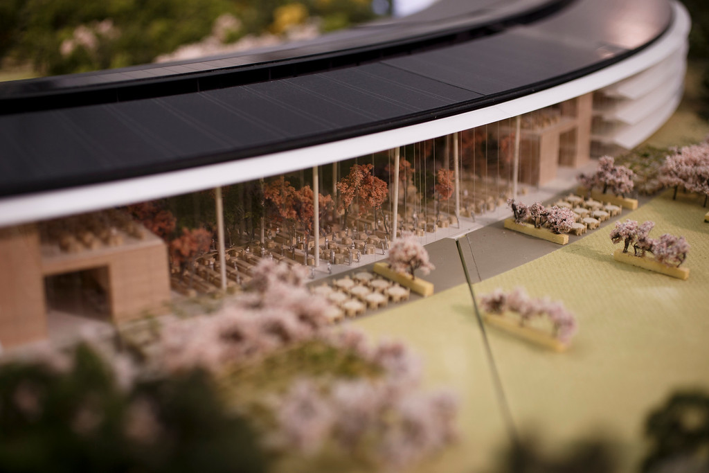 . A model of Apple\'s proposed new campus. The plan will go up for a final vote before the Cupertino City Council on Oct. 15. The rendering was photographed at Apple\'s office located at the proposed new campus site on Oct. 10, 2013 in Cupertino. (Dai Sugano/Bay Area News Group)