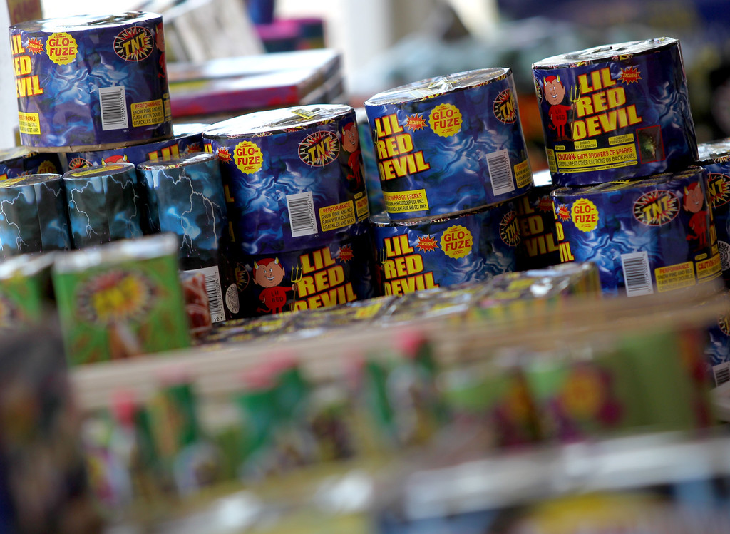 """. \""""Safe and sane\"""" fireworks are for sale at a stand along Dublin Boulevard in Dublin, Calif., on Thursday, June 30, 2016.  (Anda Chu/Bay Area News Group)"""