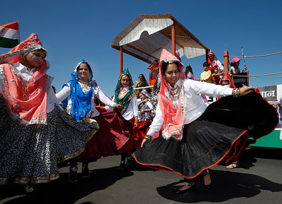 Sonia Hooda dances with other members of the Haryanvi Bay Area Association during the India Day parade Sunday, Aug. 14, 2016, in Fremont, Calif. (Karl Mondon/Bay Area News Group)
