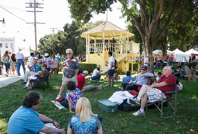 Festival attendees listen to opera singers at the Italian Family Festa, at History Park inside Kelley Park, in San Jose, Calif., on Saturday, August 27, 2016. (LiPo Ching/Bay Area News Group)