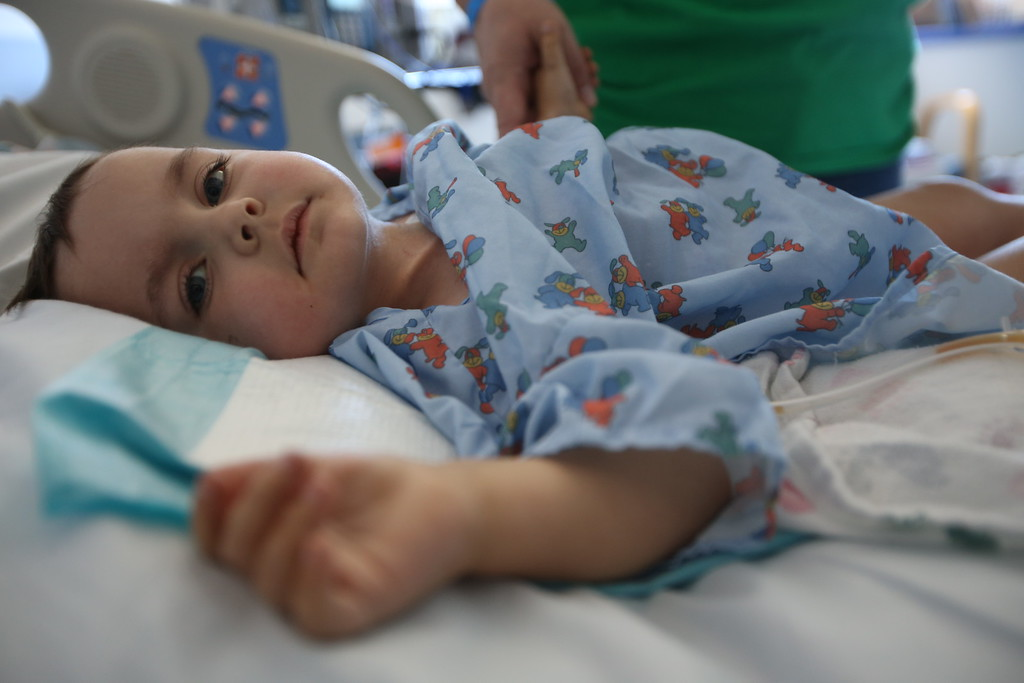 . Kristi Ouimet, of Antioch, comforts her son Matthew, 2, as he recovers from a liver and kidney transplant at UCSF Benioff Children\'s Hospital in San Francisco, Calif., on Wednesday, June 19, 2013.  (Jane Tyska/Bay Area News Group)