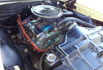 The engine in the 1968 Pontiac GTO convertible.    (Photo by David Krumboltz)