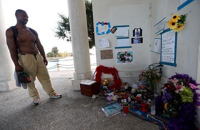 Memorial to Willie at Lake Merritt in Oakland