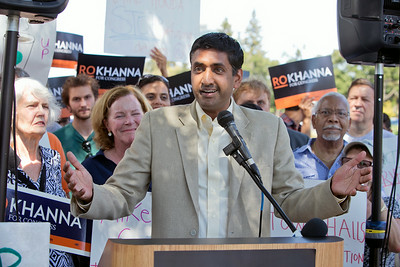 Congressional candidate Ro Khanna speaks at a news conference outside Rep. Mike Honda's district office in San Jose, Calif., on Wed., Aug. 27, 2014.  (LiPo Ching/Bay Area News Group)