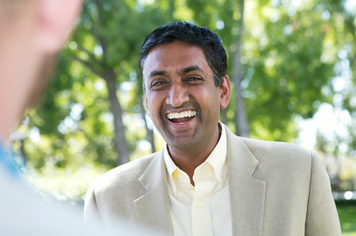 Congressional candidate Ro Khanna holds a news conference outside Rep. Mike Honda's district office in San Jose, Calif., on Wed., Aug. 27, 2014.  (LiPo Ching/Bay Area News Group)