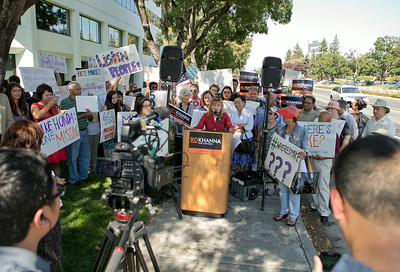 Kathy Watanabe of Santa Clara speaks at a news conference organized by congressional candidate Ro Khanna outside Rep. Mike Honda's district office in San Jose, Calif., on Wed., Aug. 27, 2014.  (LiPo Ching/Bay Area News Group)