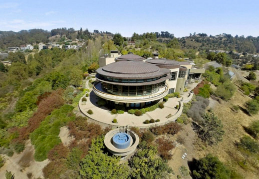 . A home known as the Felton Estate on 20 acres in Oakland, Calif., has been sold for $20.5 million dollars. (Robert Vente Photography/Pacific Union International)