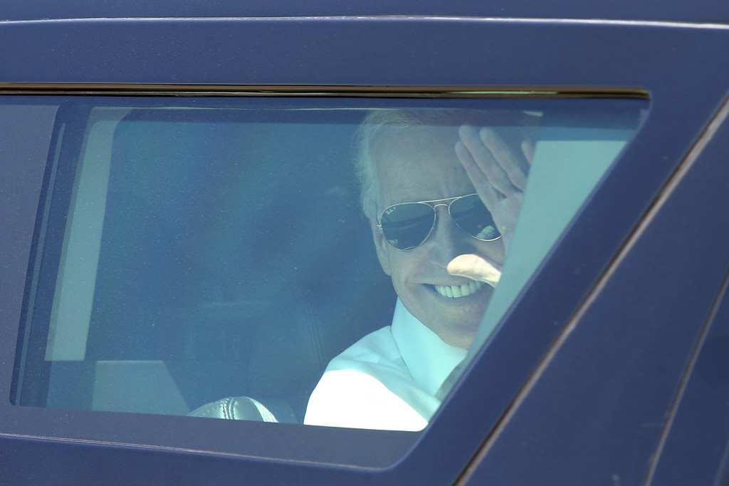 . Vice President Joe Biden waves goodbye as his motorcade leaves after his remarks on the importance of workforce development and investing in job-training programs during a visit to a Pacific Gas and Electric Company service center in Oakland, Calif., April 10, 2015. PG&E�s PowerPathway program is helping workers obtain skills for entry-level positions in the utility industry. Since the program�s debut in 2008, 600 individuals have graduated from the program, including 300 veterans, and 80 percent have been hired into PG&E or the utility industry. (Anda Chu/Bay Area News Group) is introduced by PowerPathway program student and veteran Elizabeth Torres, of San Francisco, during a visit to a Pacific Gas and Electric Company service center in Oakland, Calif., April 10, 2015. PG&E�s PowerPathway program is helping workers obtain skills for entry-level positions in the utility industry. Since the program�s debut in 2008, 600 individuals have graduated from the program, including 300 veterans, and 80 percent have been hired into PG&E or the utility industry. (Anda Chu/Bay Area News Group)
