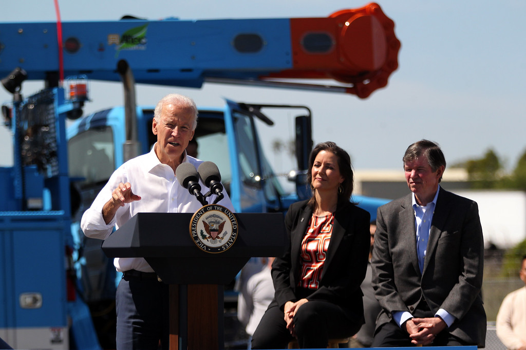 . Vice President Joe Biden discusses the importance of workforce development and investing in job-training programs as Oakland Mayor Libby Schaaf and PG&E Chairman Tony Earley look on during a visit to a Pacific Gas and Electric Company service center in Oakland, Calif., April 10, 2015. PG&E�s PowerPathway program is helping workers obtain skills for entry-level positions in the utility industry. Since the program�s debut in 2008, 600 individuals have graduated from the program, including 300 veterans, and 80 percent have been hired into PG&E or the utility industry. (Anda Chu/Bay Area News Group)