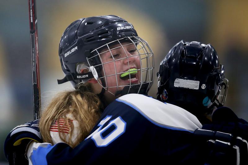 PeabodyWinthropGirlsHockey-Falcigno-07