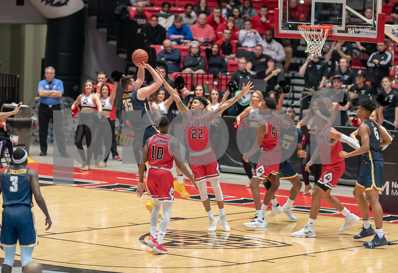 DC.Sports.0204.niu men