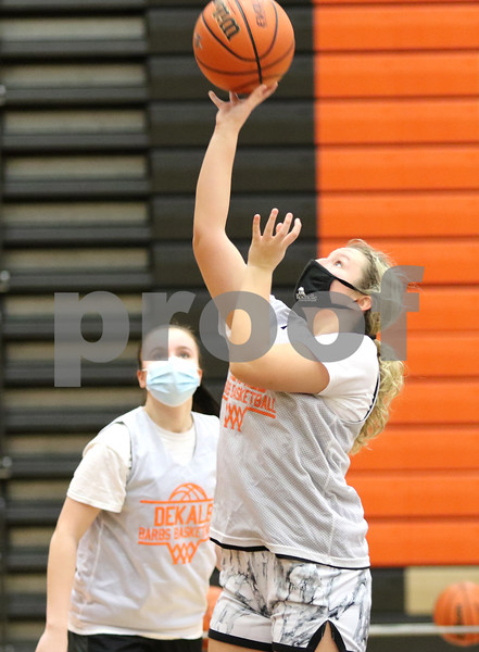 dc.0204.DeKalb girls basketball09