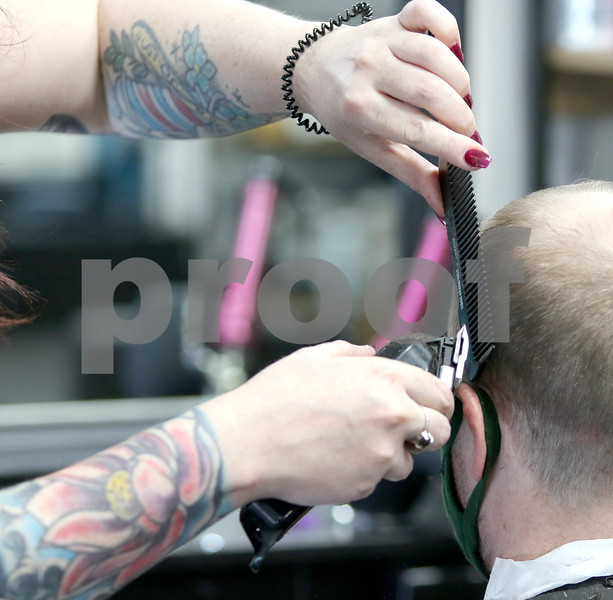 dc.0216.salon licensing04