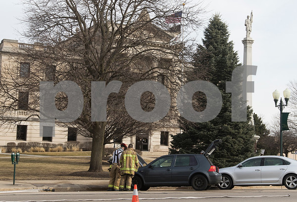 dnews_0216_Car_Fire_05