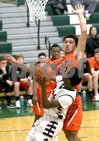 dc.sports.0221.ic basketball10