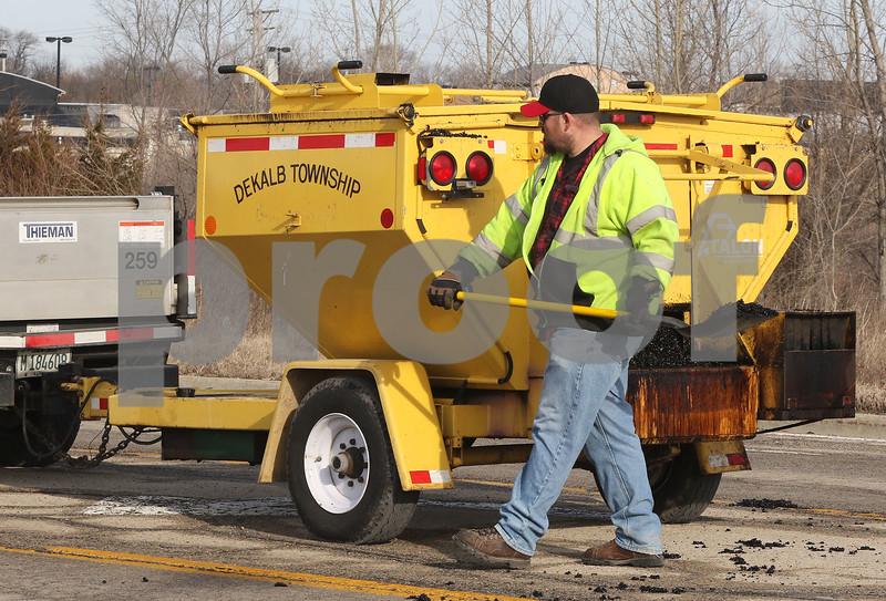 dc.022618.Potholes07