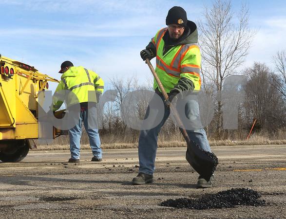 dc.022618.Potholes04