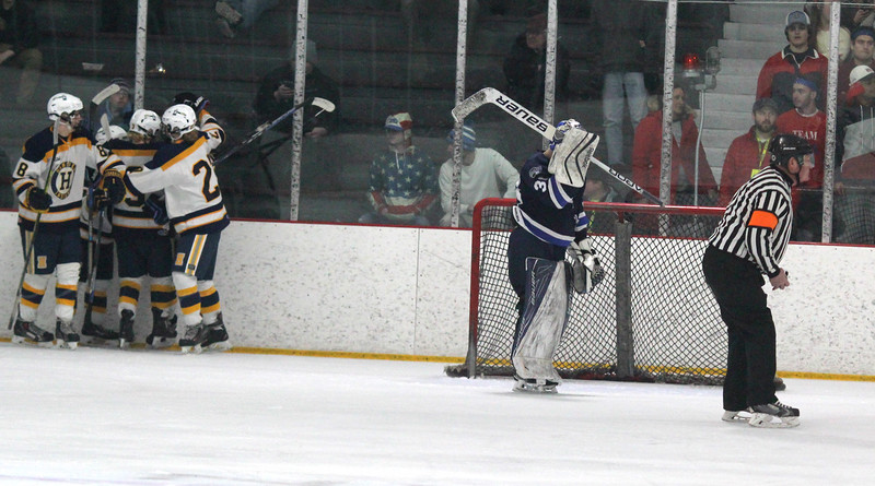 Swampscott Hockey 1