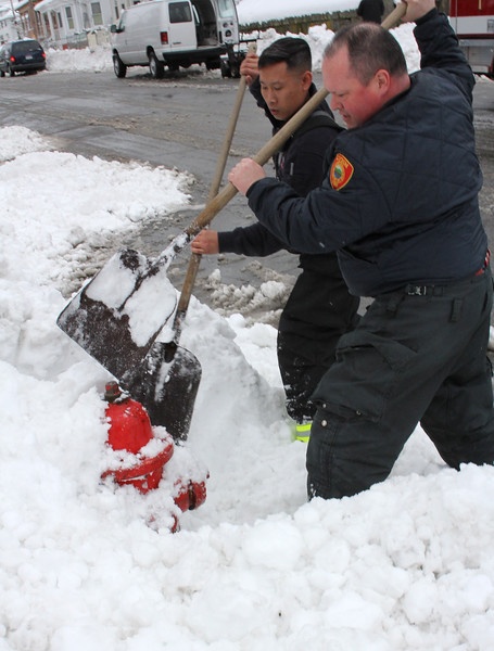 Lynn030419-Owen-shoveling fire hydrants01