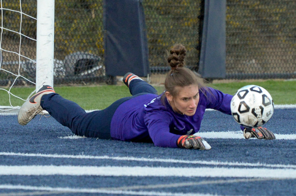 . Viewpoint\'s Jacqueline Edell, #1, makes a diving save against Sierra Canyon during game action at Sierra Canyon Thursday, March 9, 2017.  Sierra Canyon defeated Viewpoint 3-0.    (Photo by David Crane, Los Angeles Daily News/SCNG)