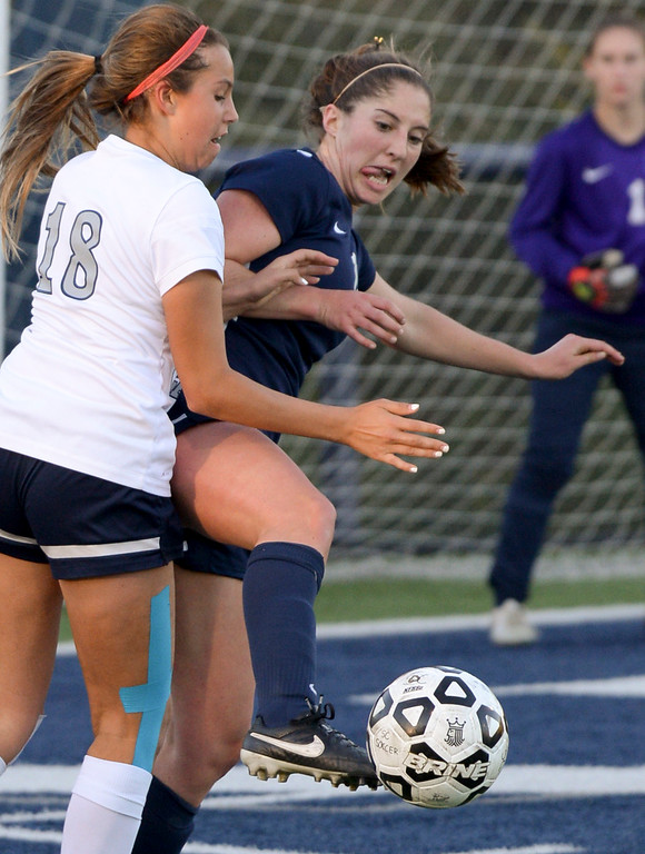 . Viewpoint\'s Maya Sandel, #18, tries to get the ball away from the net as Sierra Canyon�s Tatum Solis, #18, presses during game action at Sierra Canyon Thursday, March 9, 2017.  Sierra Canyon defeated Viewpoint 3-0.    (Photo by David Crane, Los Angeles Daily News/SCNG)